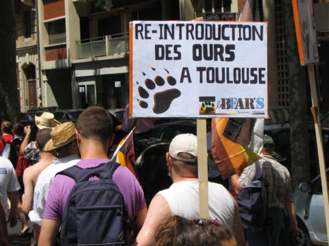 rencontre toulouse gay organization à Tarbes